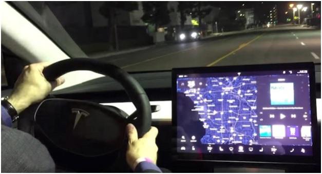 Новая модель Tesla будет представлена 17 октября