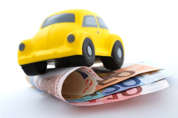 Банк берет авто в залог феникс групп москва автосалон
